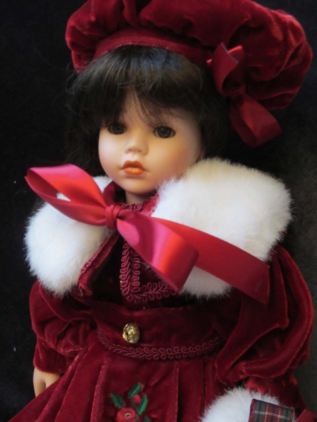 doll wardrobe furs