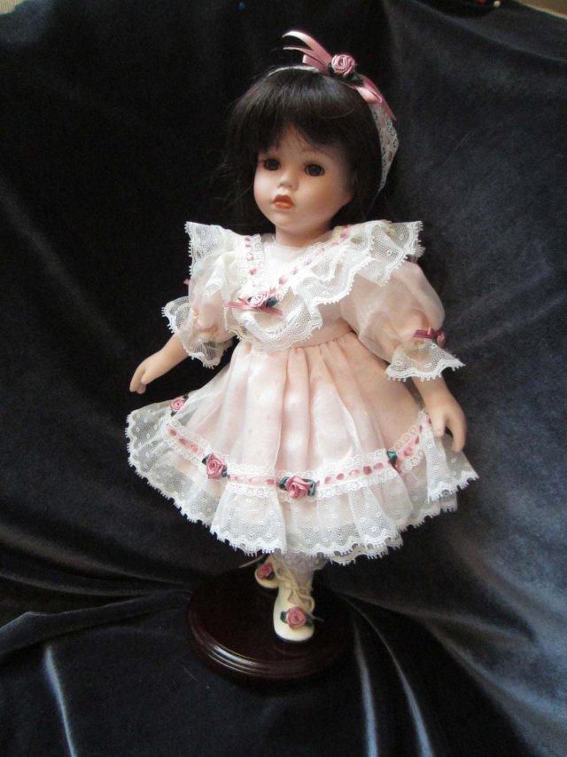 doll wardrobe lace