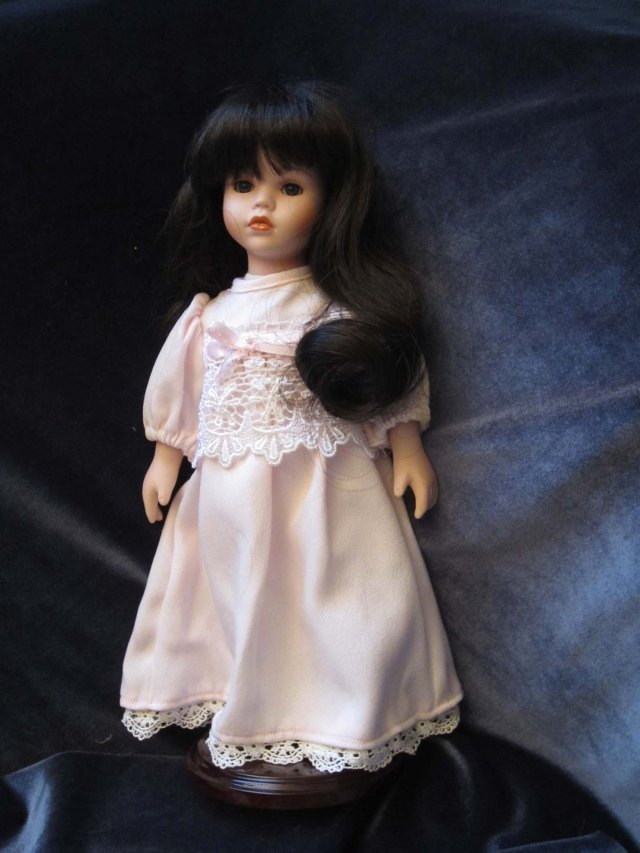 doll wardrobe nightgown
