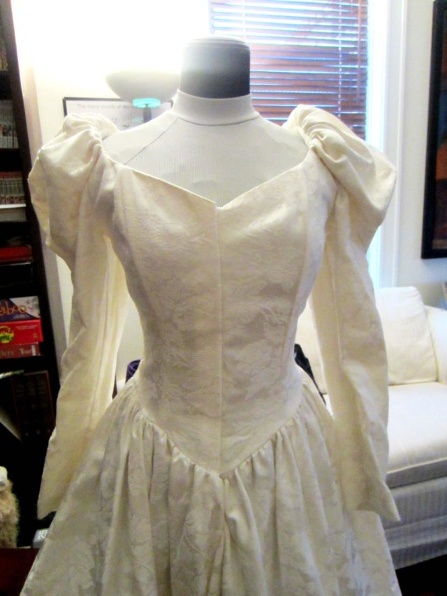 ursula alterations bodice