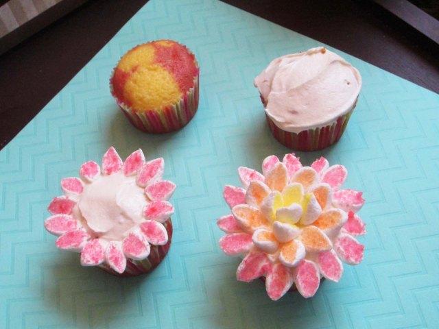 dahlia cupcakes process
