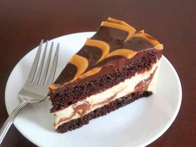 pb-ice-cream-cake-slice