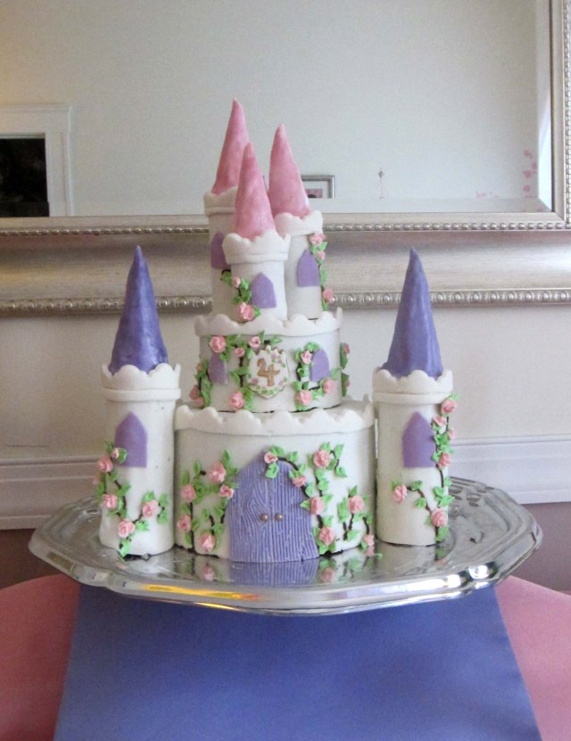 princess castle cake birthday castle cake it s all frosting 6797
