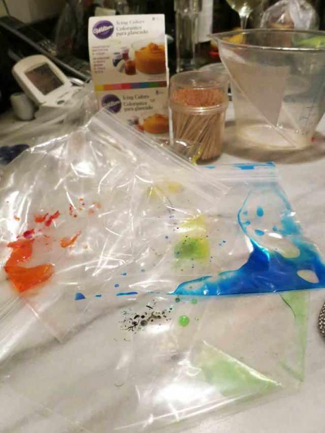 rainbow-pasta-dye