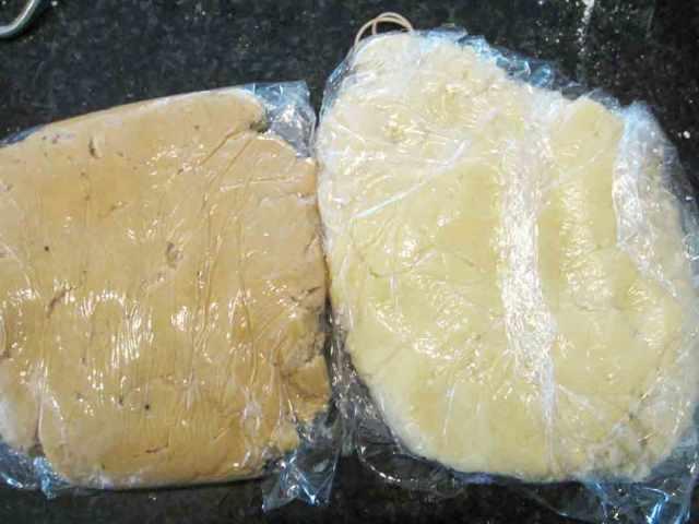 teddy-cookies-dough