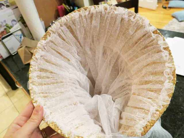 regency-bonnet-lining