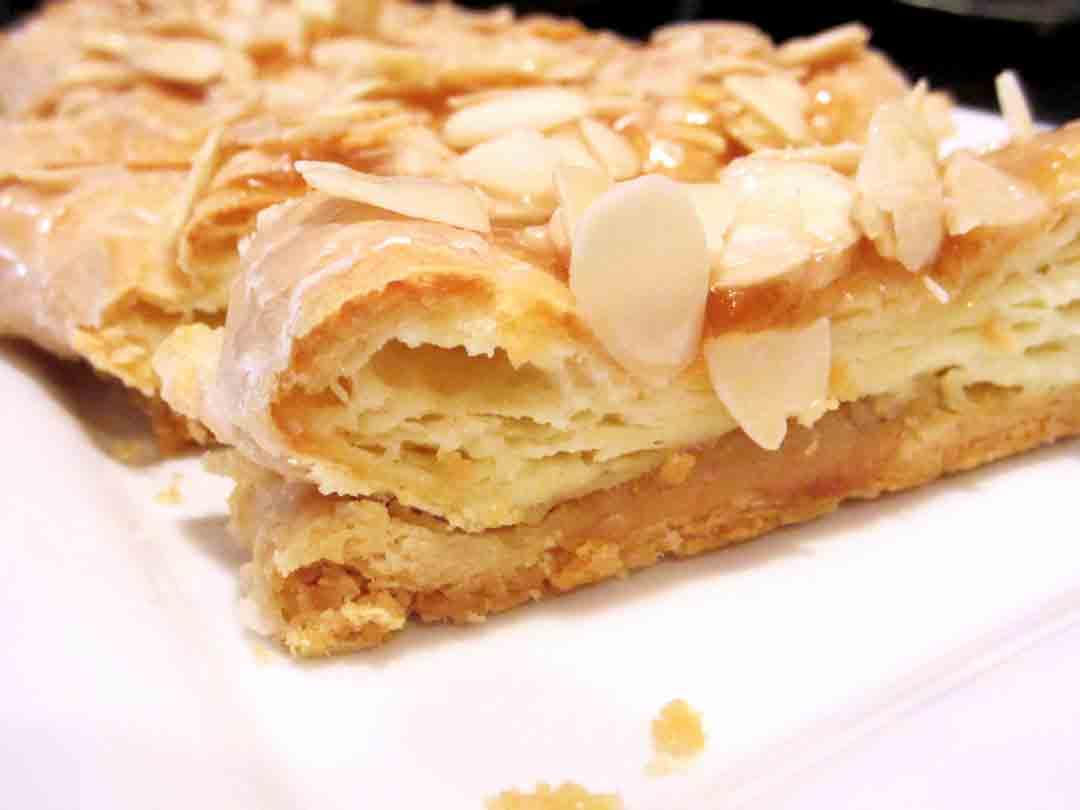 almond-puff