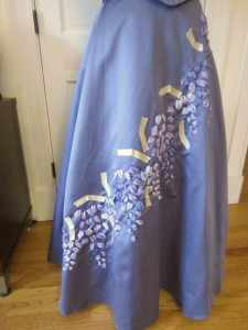 wisteria-embroidery-leaf-tape