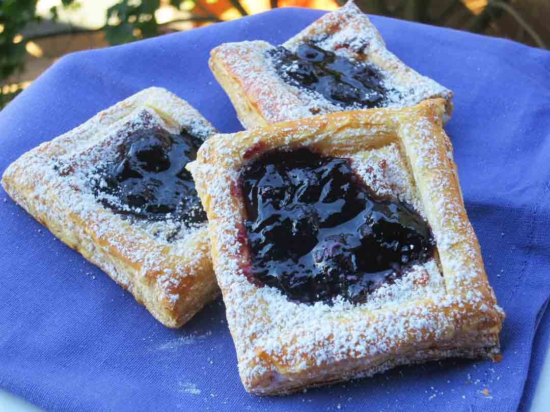 blueberry-pastry