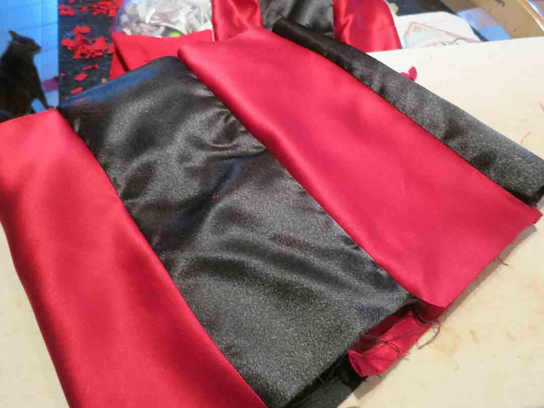 q-hearts-sleeve-stripe
