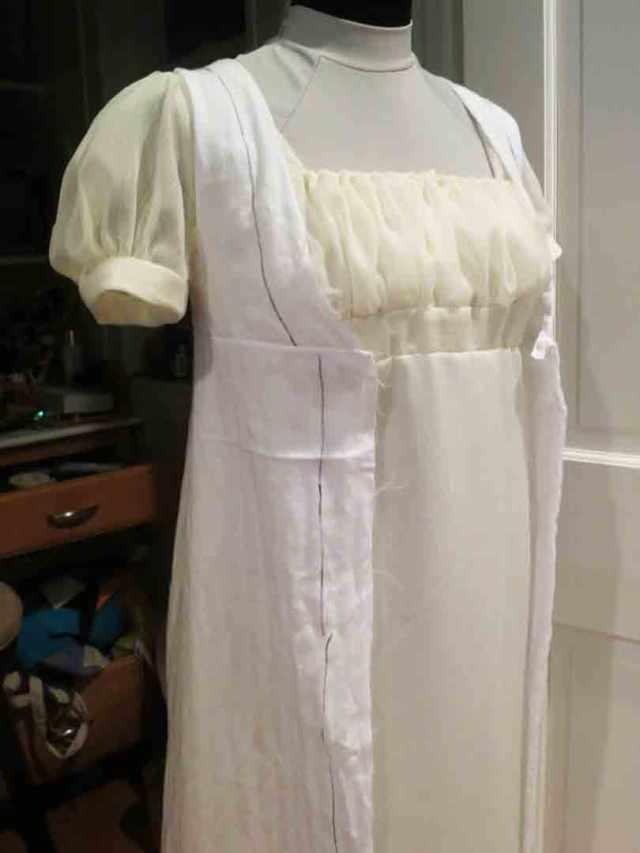 open-robe-muslin-bodice