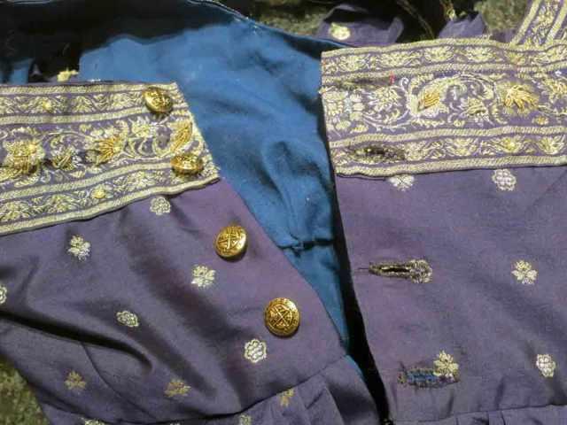 regency-buttonhole