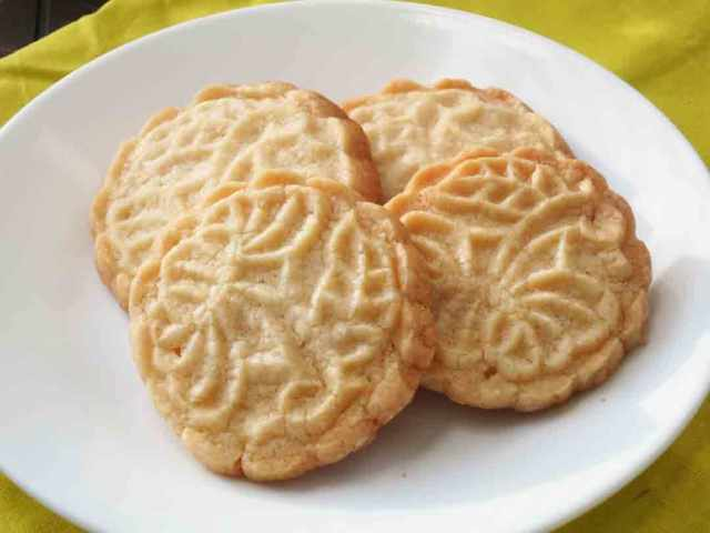 maple-shortbread