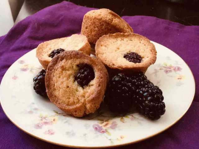 blackberry-cakes.jpg