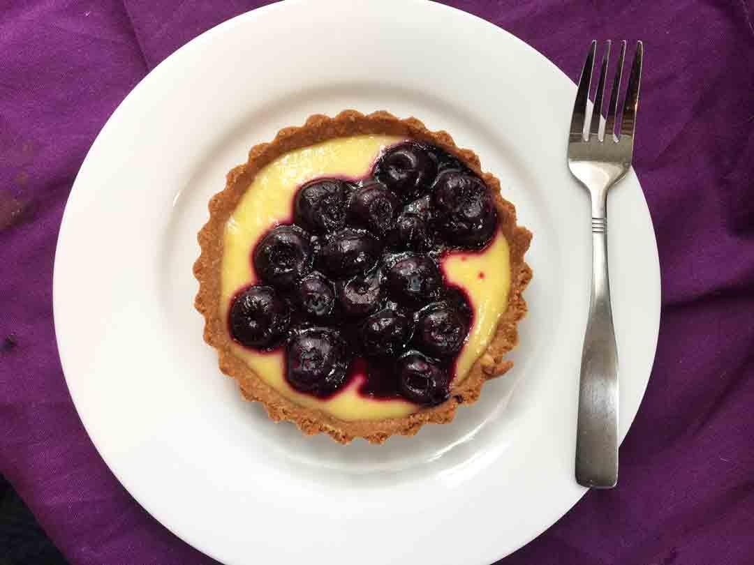 blueberry-tart-round