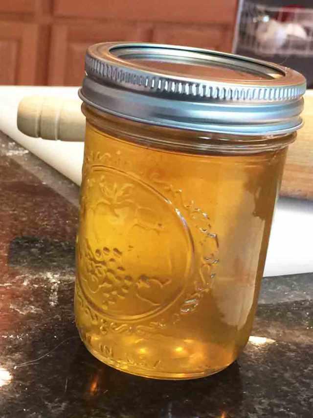 polenta-cake-syrup-jar