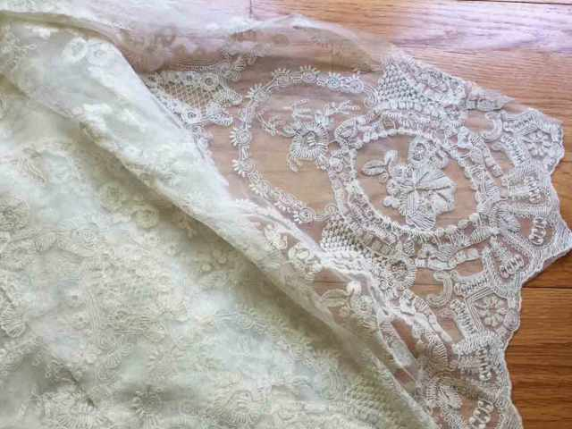 tea-gown-lace