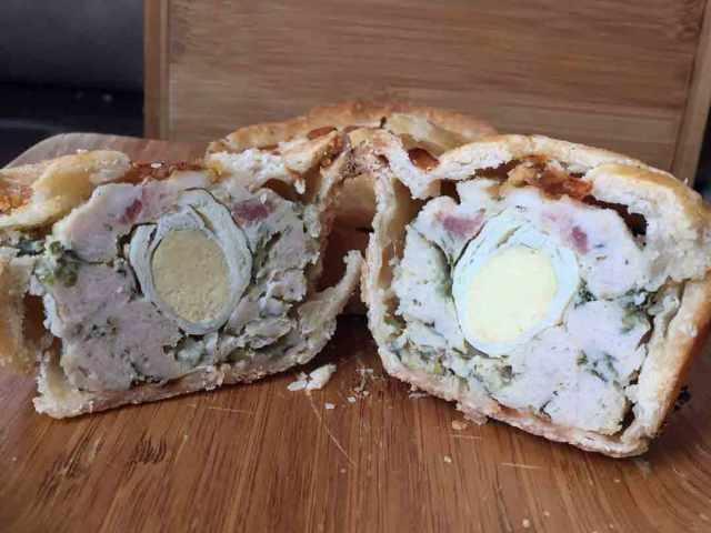 pork-pies-split