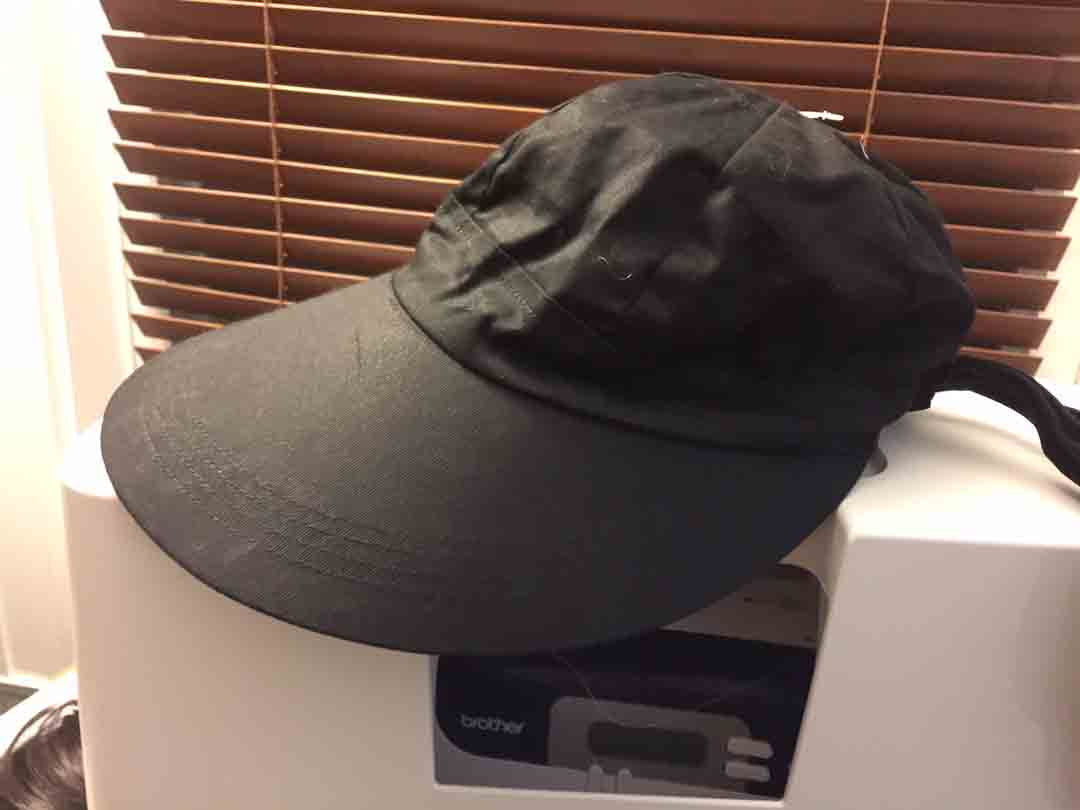 velvet-capote-hat