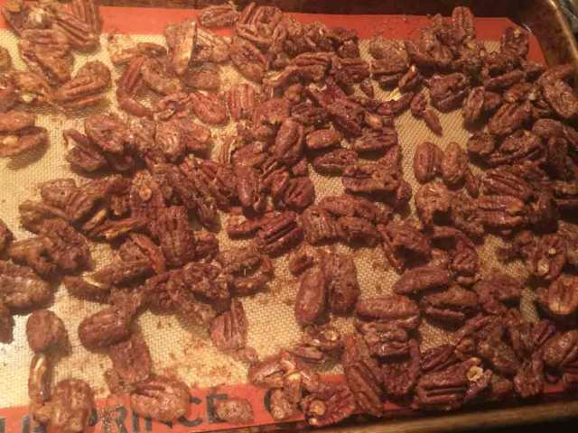 pecans-baked