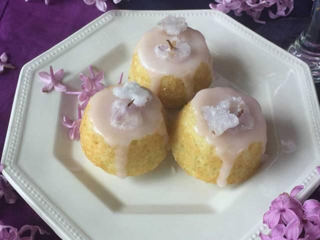lilac-teacakes