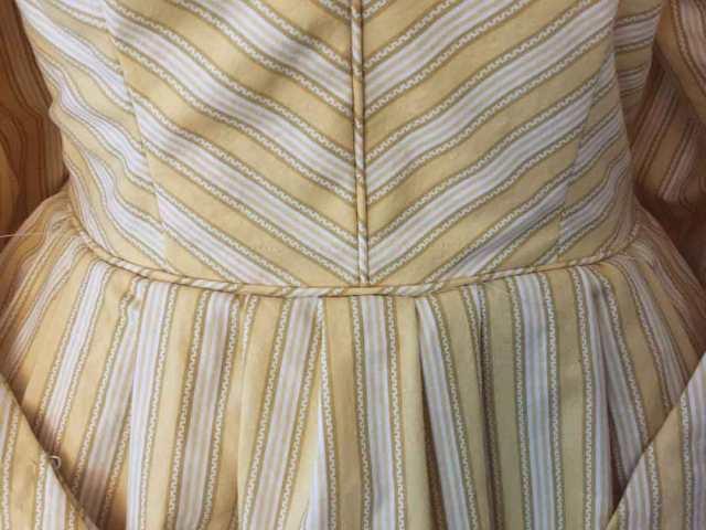 1830s-waist